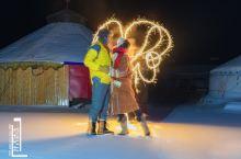 阿尔山冰雪世界万籁俱寂,相爱的人儿,仿佛听到了圣音……