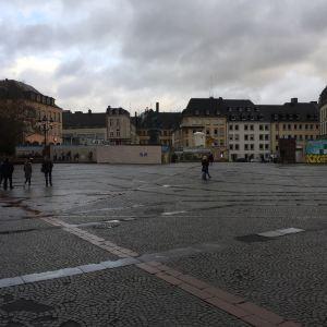 威尔海姆广场旅游景点攻略图