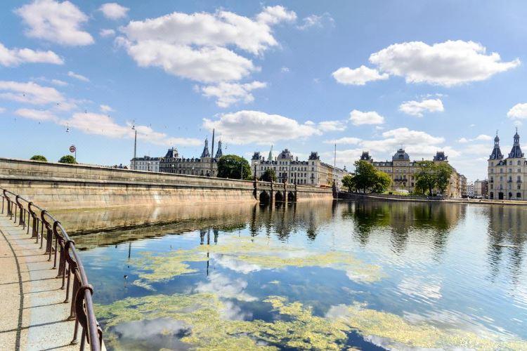 The Copenhagen Lakes