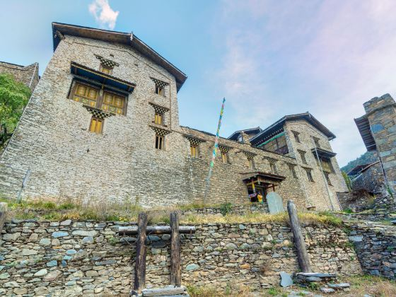 卓克基土司官寨文化旅遊景區