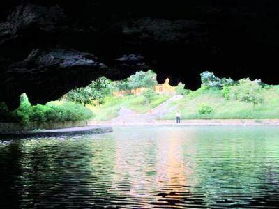 黎明通天河景區