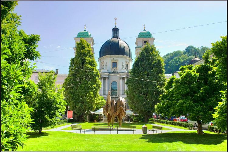Dreifaltigkeitskirche (Holy Trinity Church)2