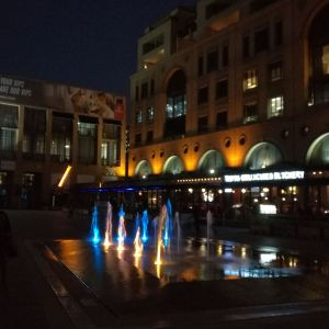 曼德拉广场旅游景点攻略图