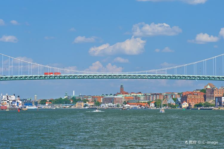 Älvsborg Bridge1