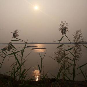 天鹅湖旅游景点攻略图