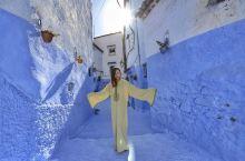 #冬日旅行穿搭指南 用摩洛哥传统服装,俘获当地人的微笑