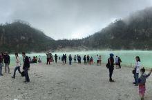 美丽的火山湖