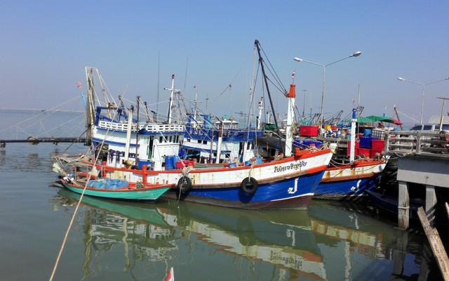 水都(Chonburi)— 曼谷人的海鲜乐园