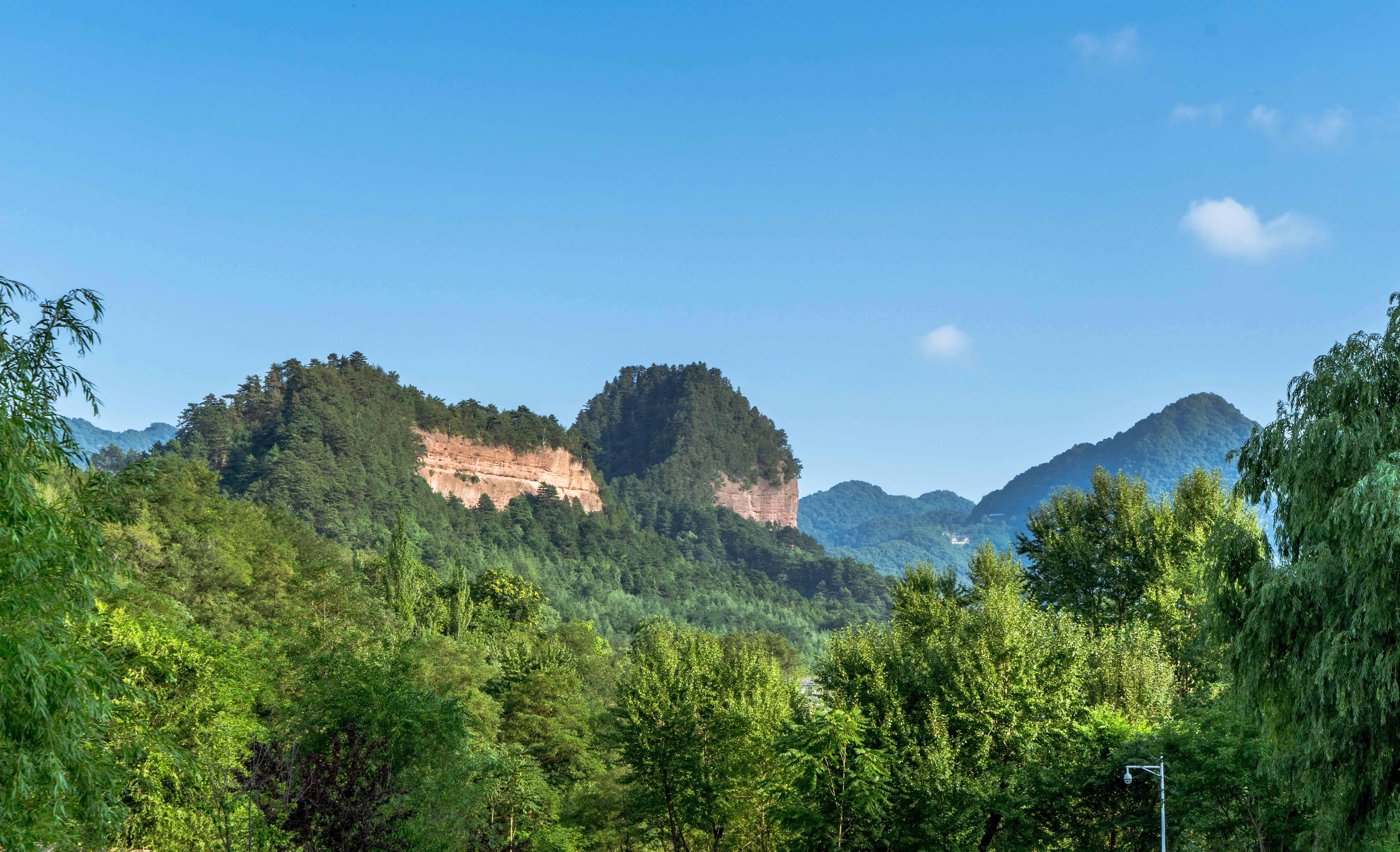 麦积山风景名胜区旅游景点图片