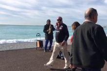 尼斯天使湾的流浪艺人,萨斯风厉害