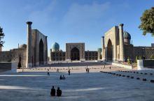 哈萨克和乌兹别克两个斯坦国