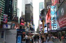 #瓜分10000元#时代广场与洛克菲勒中心