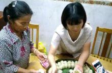 在和村走入了村民家中,亲身体验糍粑制作。秋收后打糍粑糍