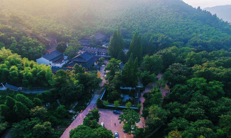 Lingfeng Mountain Sceneic Area4