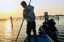 阳澄湖捕捞大闸蟹