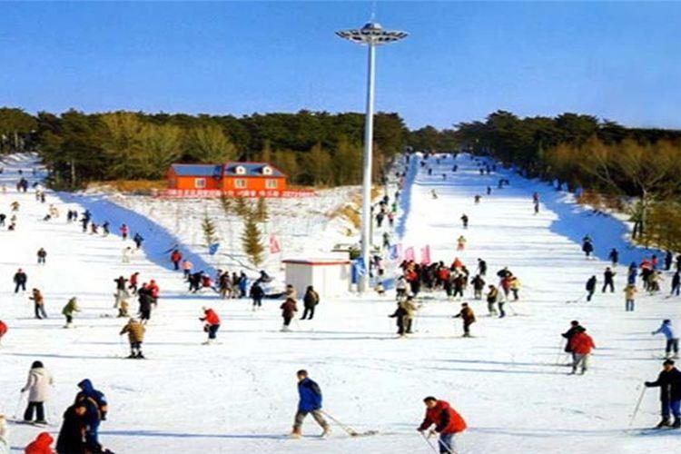 Shenyang Qipan Mountain Ski Resort2