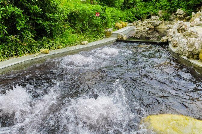 Yunhu Scenic Area1