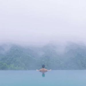 莽山游记图文-悬崖温泉,高山云海,该有都有了,只等着世人去发现它的美
