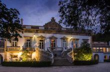 今晚入住的酒店名字就已经让人很好奇,充满期待--科英布拉眼泪庄园,特意百度了一下,原来这是一个记载着