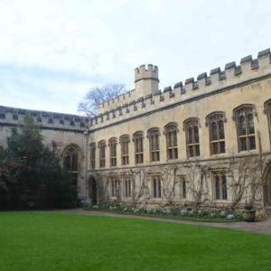 牛津贝利奥尔学院旅游景点攻略图