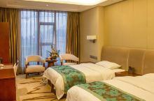 值得一去的酒店——丹棱锦江饭店  饭店客房雅致舒适,设施齐全,服务真诚,为您带来家一般的温暖感觉。