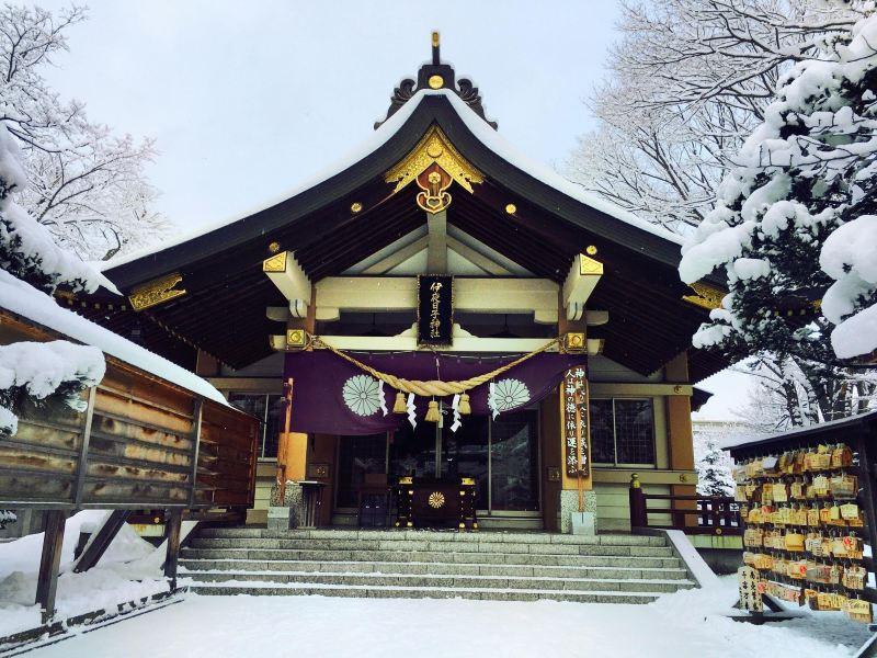 弥彦 神社