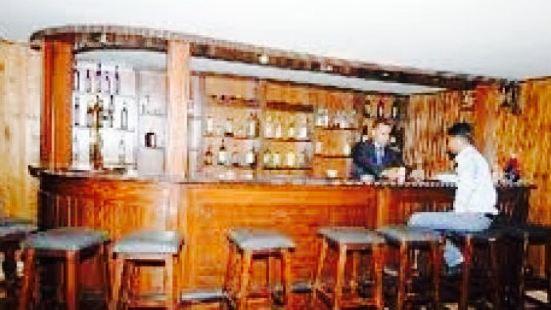 Mountain Pub at Hidab Hotel