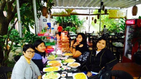 San Ho Cafe & Restaurant