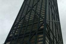 汉考克大厦顶层餐厅下的芝加哥美丽夜景