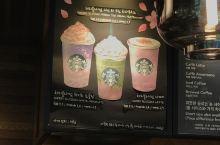 小豬妹試新口味櫻花鮮奶咖啡篇