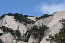最美的崖壁在天柱山