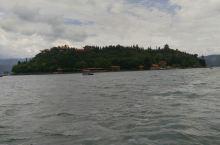 抚仙湖孤山风景区,阳光海岸沙滩。