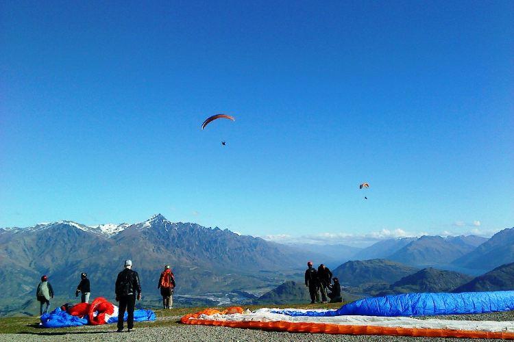 Coronet Peak Paragliding3