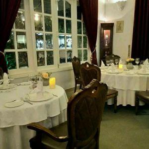 La Villa French Restaurant旅游景点攻略图