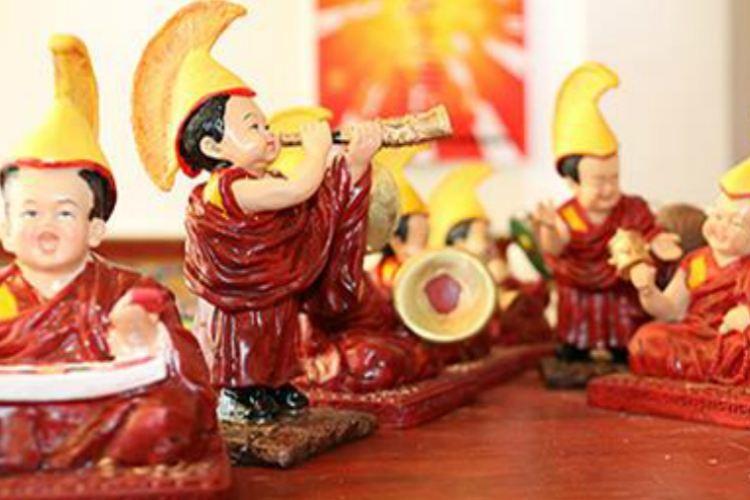 Baban Lianhua Fei Wuzhi Wenhua Yichan Chuancheng Tiyan Center4