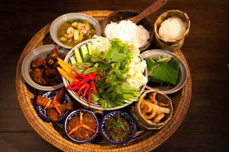 Thai Thani Arts & Culture Village1