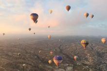 卡帕多奇亚的日出版热气球