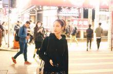 香港的街头,逛街跟拍照好去处。