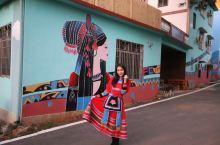 民房墙壁当画布,中国也有色彩斑斓的彩虹村