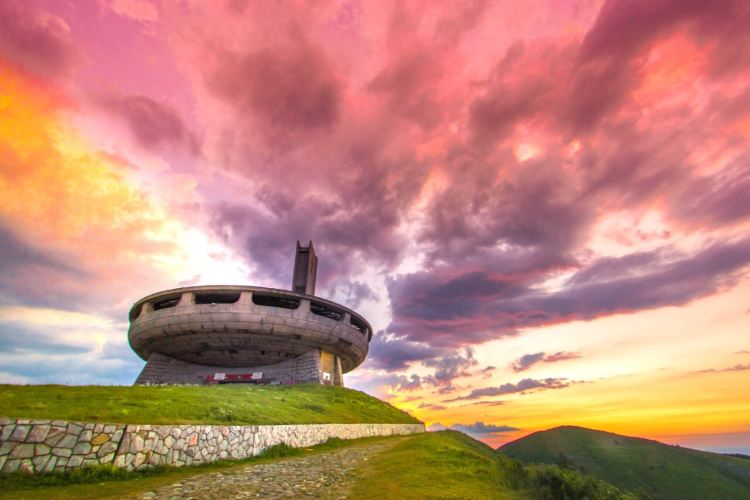 保加利亞飛碟紀念碑2