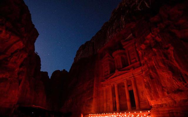 初探约旦 — 赤色王国的绮丽梦境:LP十佳旅行国,玫瑰之城佩特拉,死海,安曼,亚喀巴