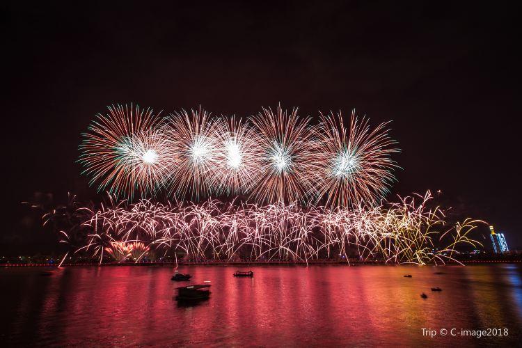 Orange Isle Fireworks3