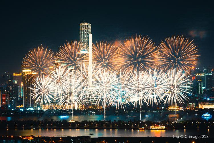 Orange Isle Fireworks4