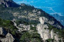 #元旦去哪玩#冬季黄山感受不一样的神韵,雪后飞来石