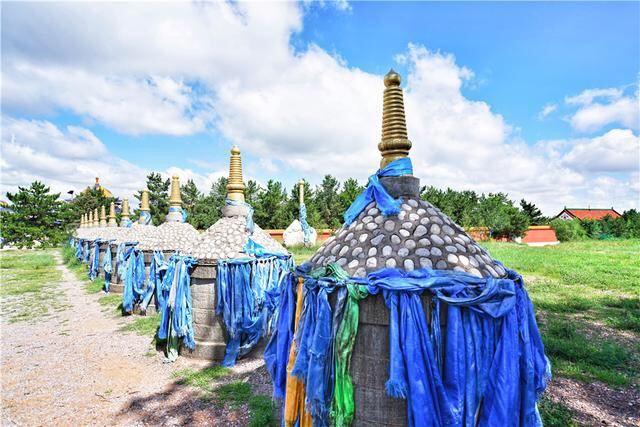 Mausoleum of Genghis Khan4
