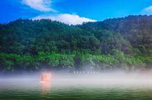 新安江龙舟漂游,水清雾奇,人间仙境