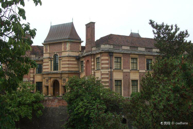 Eltham Palace and Gardens3