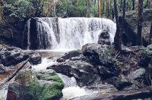 美丽的瀑布 如果你问我越南景色最优美的地方是哪里,那么我一定会说是富国岛,这次富国岛之旅,我最满意的