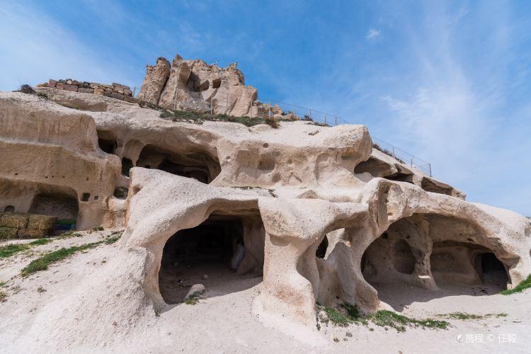 Uçhisar Castle2