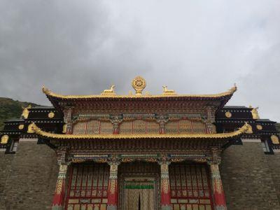 Guoluobaiyu Temple